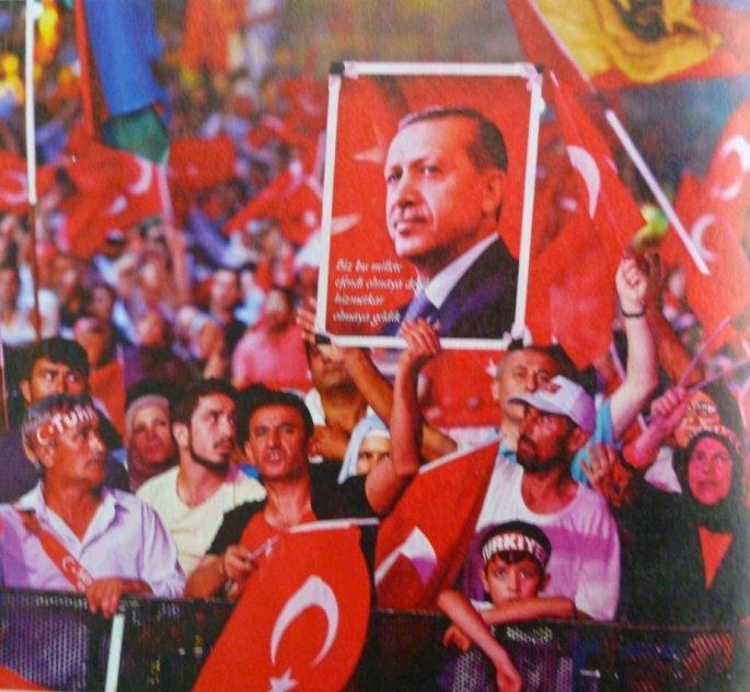 Πανηγυρισμοί των οπαδών του Ερντογάν(η τουρκική κοινωνία σε πόλωση, οι Κούρδοι επιχαίρουν)