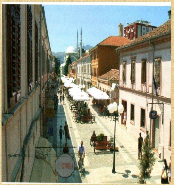 Πεζόδρομος στη Σκόδρα-Καθολικισμός και Ισλάμ