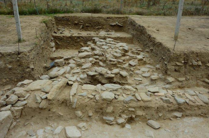 anaskafi2 - Aνέλπιστο εύρημα στον μυκηναϊκό οικισμό που ανασκάπτεται στο Μακρυχώρι Λάρισας