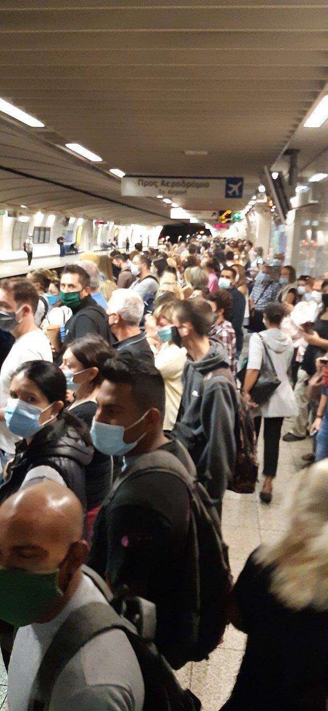 metro-syntagma-koronoios2.jpg