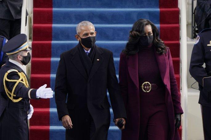 Το ζεύγος Ομπάμα κατά την ορκωμοσία του Τζο Μπάιντεν