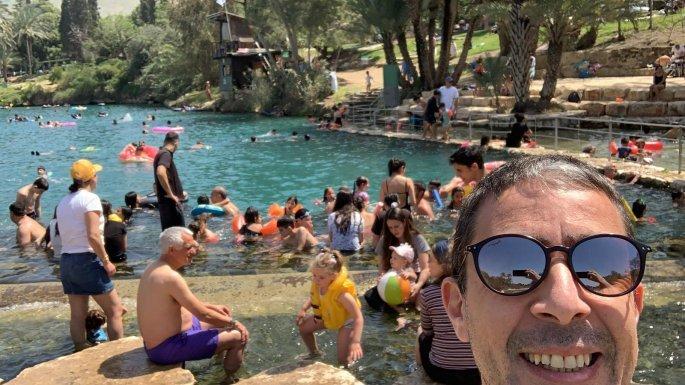 ο Ιάκωβος Φλορεντίν βρίσκεται σε διακοπές με την οικογένειά του στο τουριστικό θέρετρο Γκαν Σάχνε