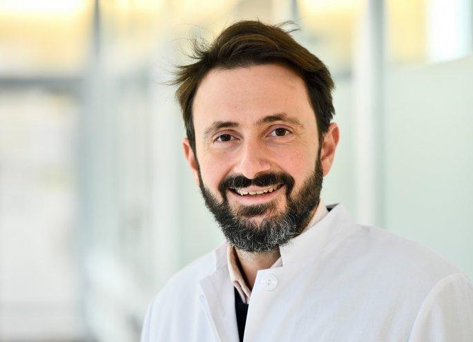 Ο πρόεδρος του Σσυλλόγου Ελλήων γιατρών στη Γερμανία