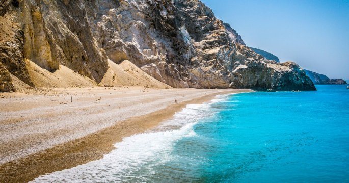 beach-4405371_1920.jpg
