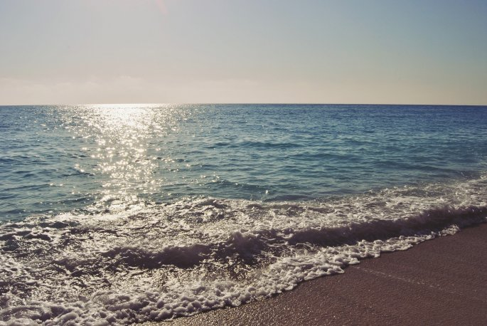 egremni-beach-1906750_1920.jpg