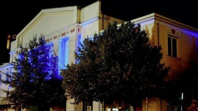 Γρεβενά: Φωταγωγημένο για τρεις ημέρες το δημαρχείο της πόλης προς τιμήν του «χρυσού» Τεντόγλου