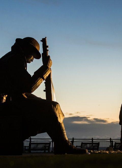 Πώς η παπαρούνα έγινε το σύμβολο του Α  Παγκοσμίου Πολέμου  (vid ... a1cffe3e0db